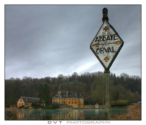 De magistrale wegwijzer naar ... Orval